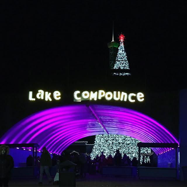 Christmas At The Lake: Holiday Lights At Lake Compounce!
