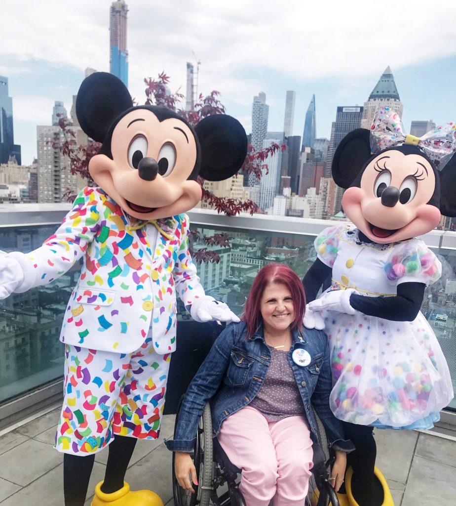 Mickey and Minnie in NYC #DisneySMC