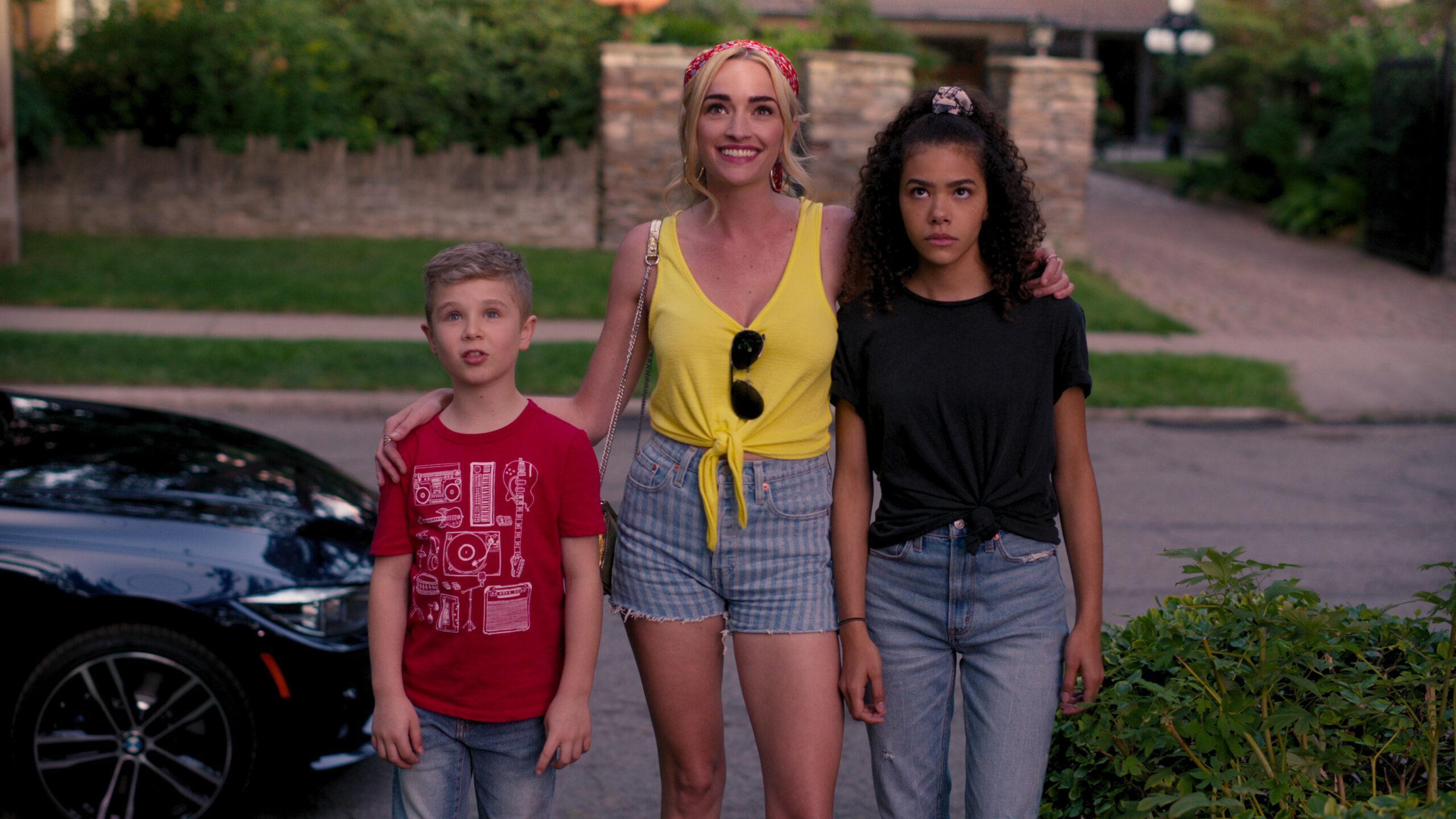Ginny & Georgia Family Photo